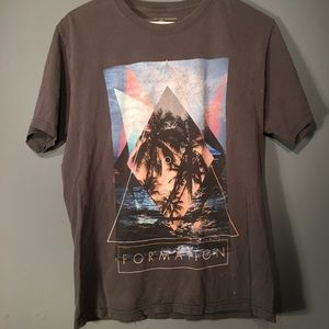 Tops - Lost formation graphic shirt hipster style triangl